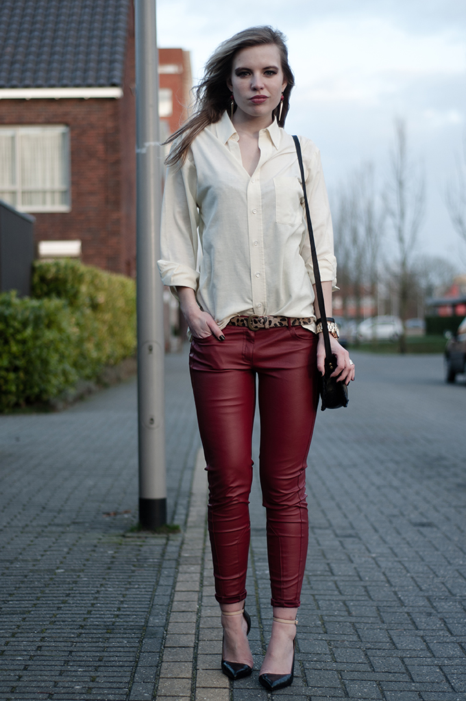 OUTFIT / RED + LEO 2   RED REIDING HOODRED REIDING HOOD