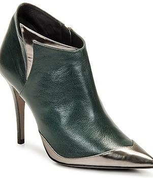 pumps-Magrit-Bobbie-Boot-164975_350_A