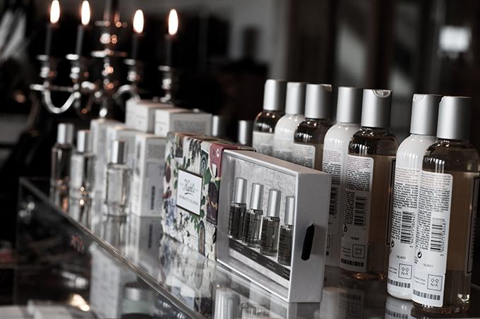 F/W 13 Kiehl's cosmetics skincare BB cream oil