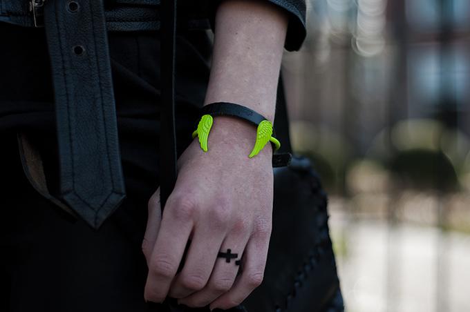 Details jewelry neon angel wings bracelet cross ring black rock