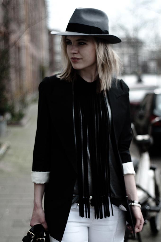 Beautiful pretty blonde blond model girl fedora hat suede long New Icons necklace