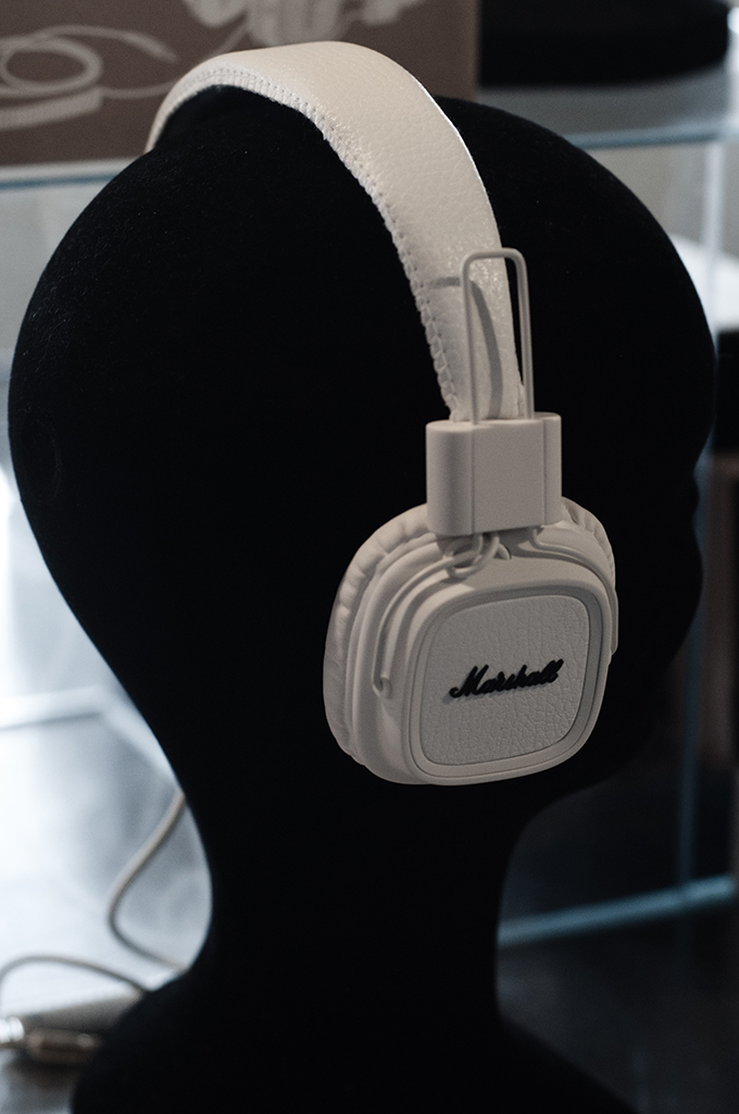 F/W 13 white leather marshall music headphones
