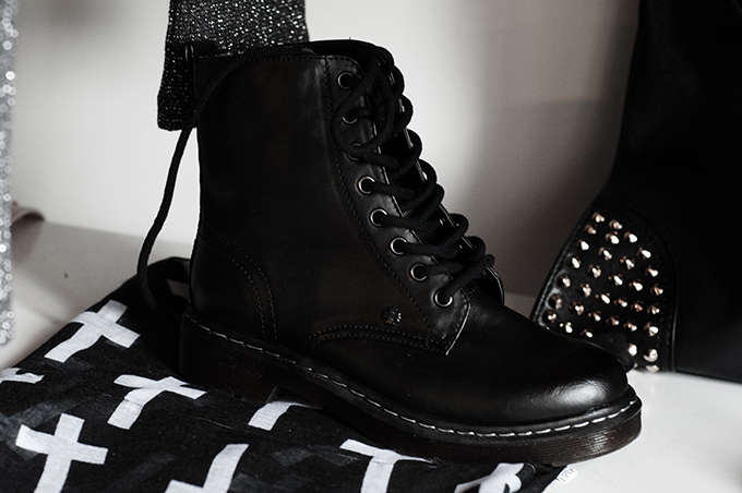 F/W 13 Bristol knock off Dr Marten lace up army worker boots