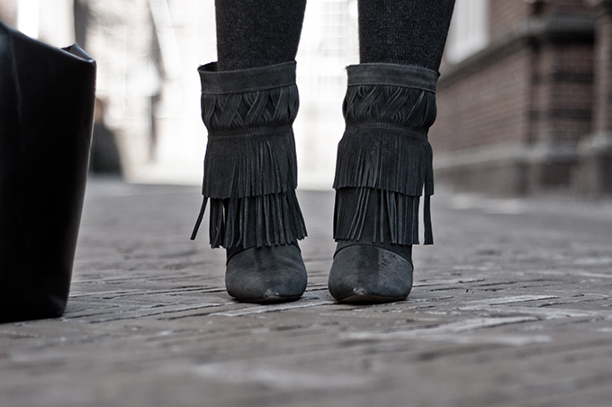 Outfit details Isabel Marant look-a-like knock off fringe boots