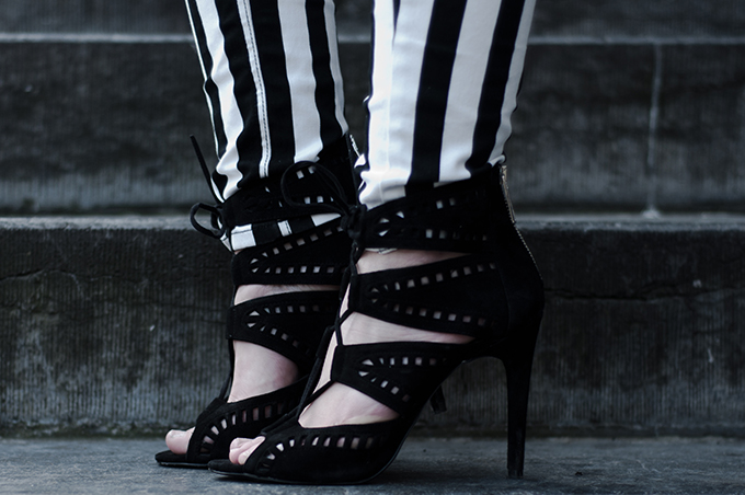 Zara lace up strappy suede sandals black SS13 blogger wearing details fashion shoes