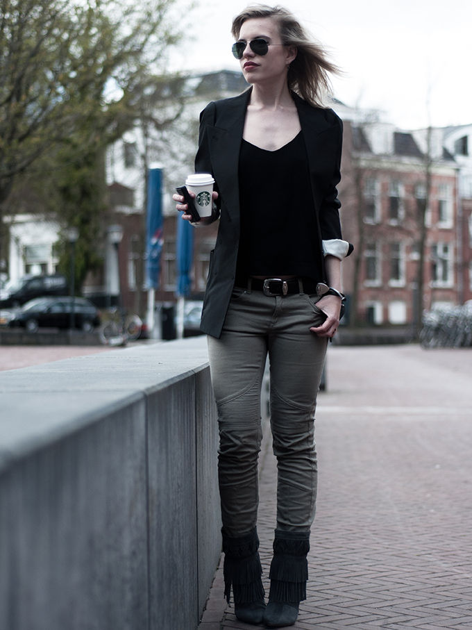 Maison Martin Margiela H&M flat jacket grey oversized boyfriend biker jeans outfit fashion blogger