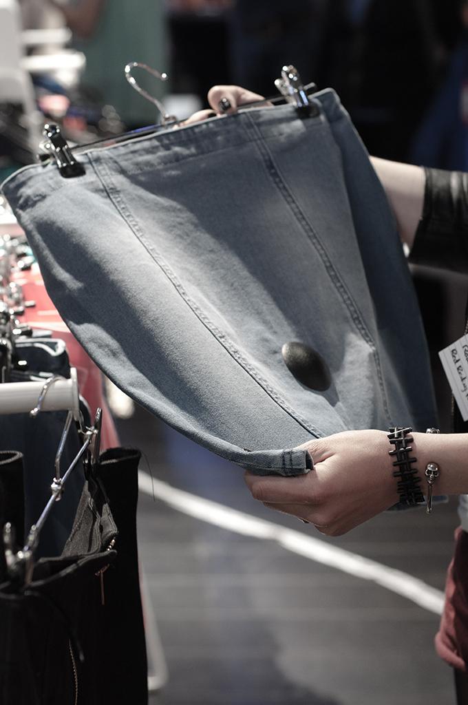 CoolCat stretch denim skirt blue blogger event fashion Nieuwendijk Amsterdam