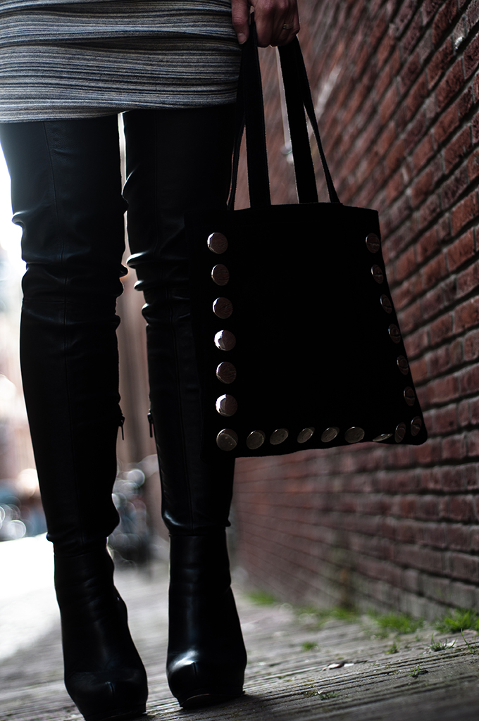 Outfit details ruched marl grey drape skirt Alexander Wang overknee thigh high leather boots Anna Dello Russo H&M Frenchonista suede shopper