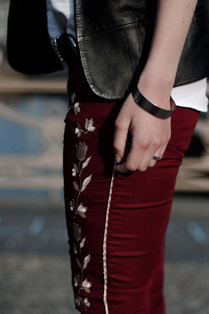 Outfit details leather suit jacket western cobwoy belt embroidered pants red isabel marant silver outfit