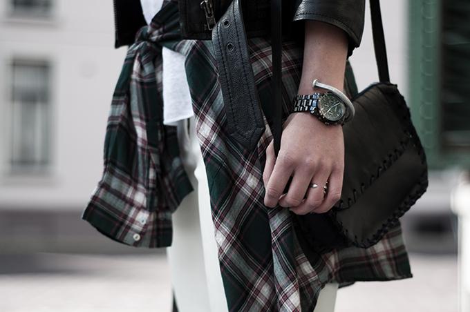outfit details streetstyle nail bracelet DIY michael kors watch lumberjack checks checked shirt around waist little black bag
