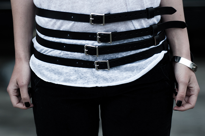 Outfit details steampunk rock chick leather belt wearing waist rock edgy white tee suede pants embroidered