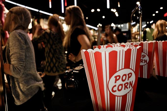 Popcorn and camera CoolCat blogger event California Style Nieuwendijk Amsterdam verslag