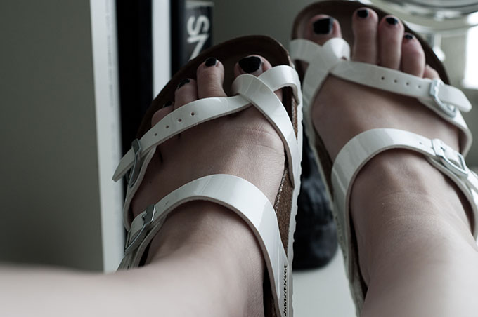 New in spartoo birkenstocks birkenstock sandals ugly white mayari white sole fashion blogger wearing streetstyle details