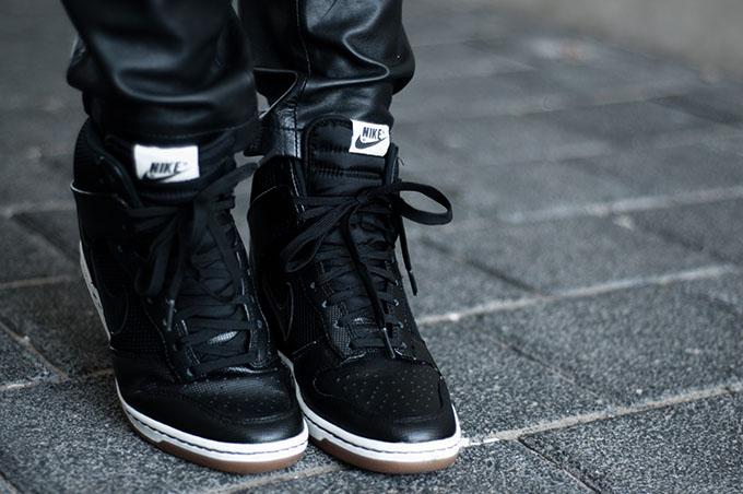Nike Dunk Sky Hi High sneaker wedges mesh all black everything fashion blogger wearing details