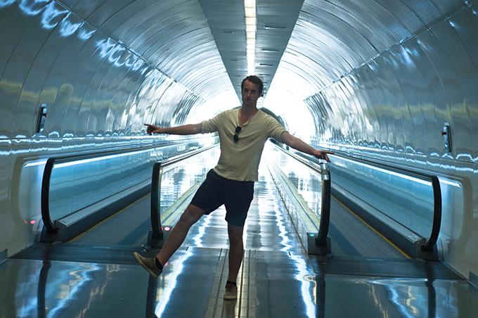 Barcelona Guide Park Guell non-touristic route downhill BCN Barca metro tips beat almato exit