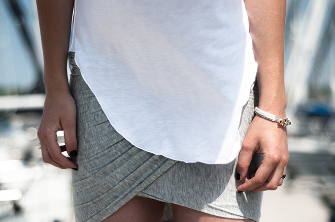 fashion blogger outfit details DIY wrap skirt jersey mango bandhu bracelet basic alexander wang