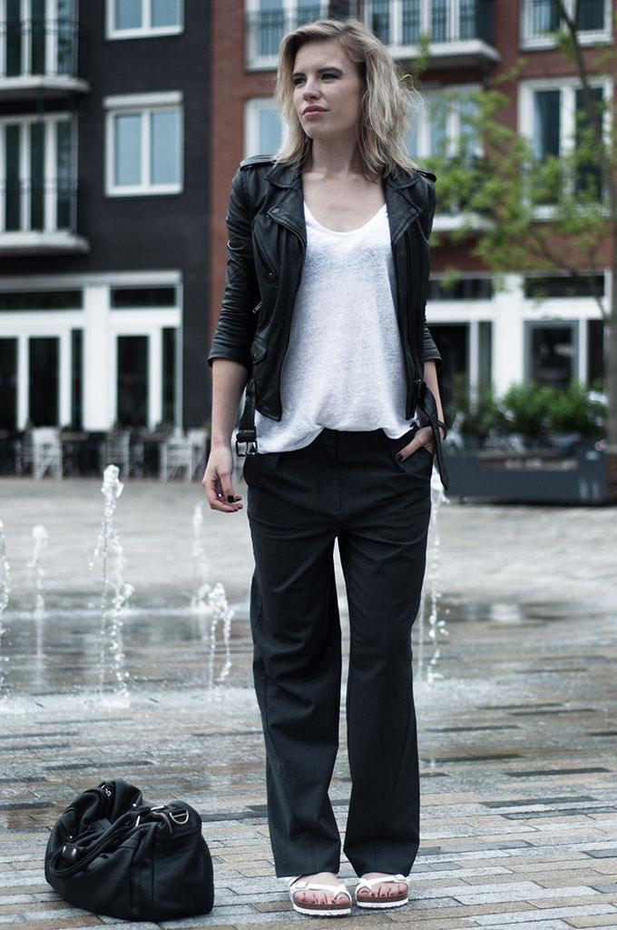 Fashion blogger streestyle wearing slouchy boyfriend céline pinstripe suit trousers pants leather jacket