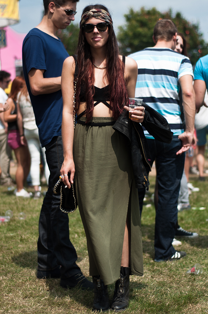 vote stylish festival people XO live extrema outdoor boho streestyle foto's spotted girl maxi skirt fashionista
