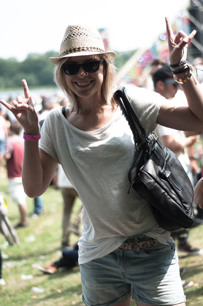 rock on dance festival XO Live extrema Outdoor Sacha Shoes fashion blogger strohoed cowboy bag streestyle outfit party