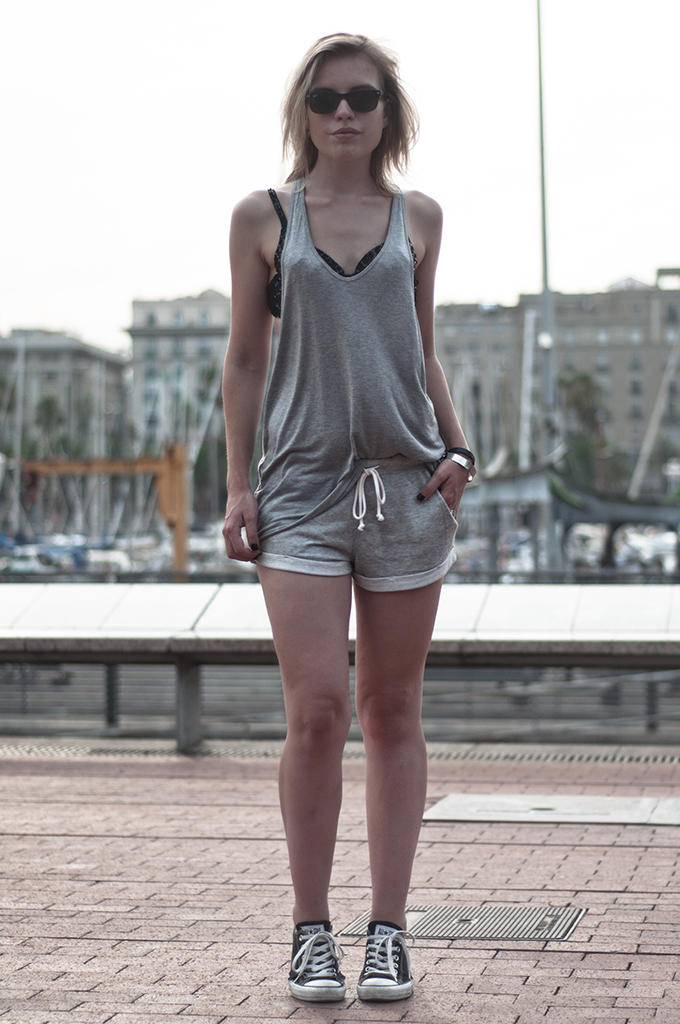 outfit streetstyle barcelona barca bcn model fashion blogger wearing all jersey suit crystal bra