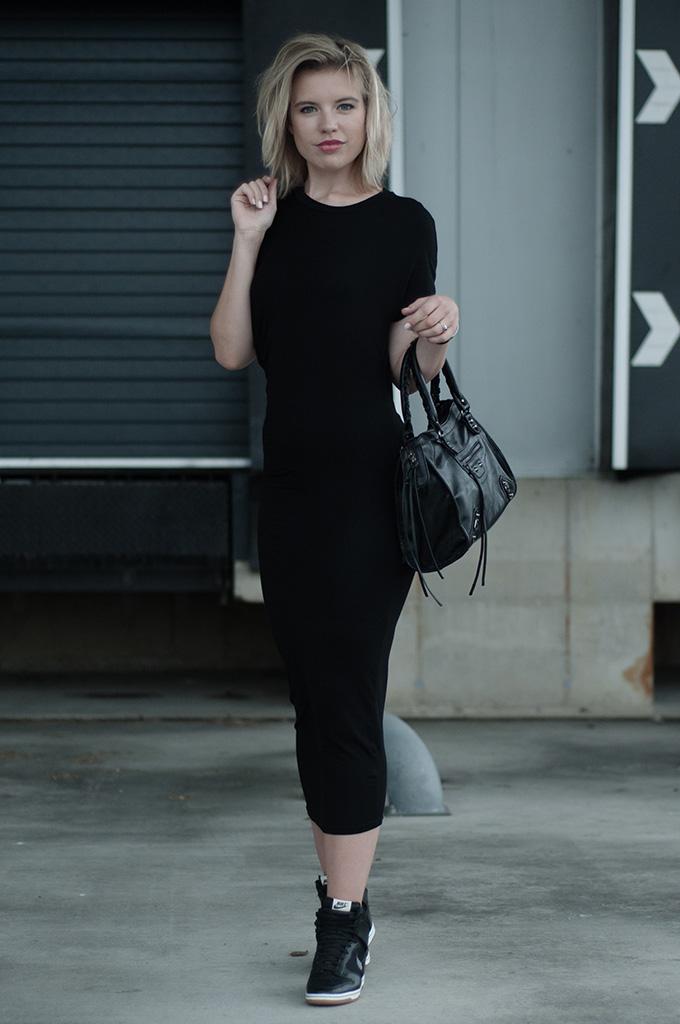 H&M Trend black maxi dress drape side Alexander Wang KO