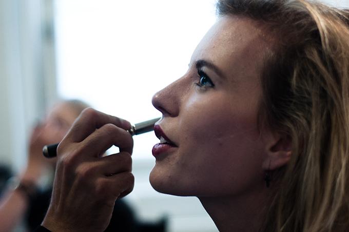 Red Reiding Hood: Fashion blogger event M.A.C. cosmetics Amsterdam Flavio face demo lip demo Unlimited PR