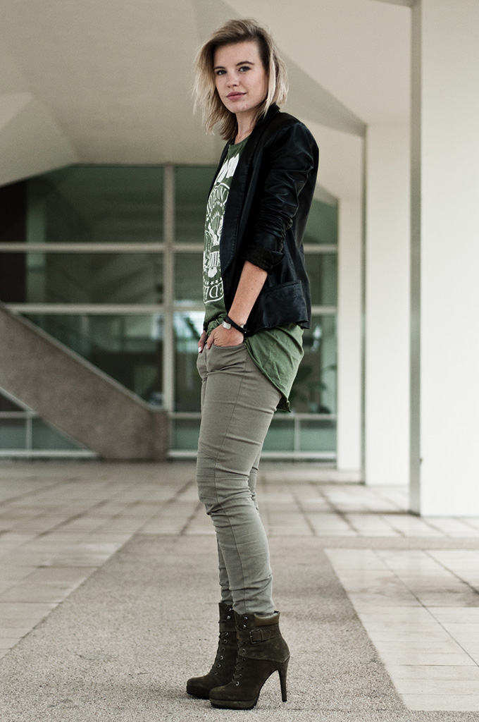 Fashion blogger wearing green shades outfit