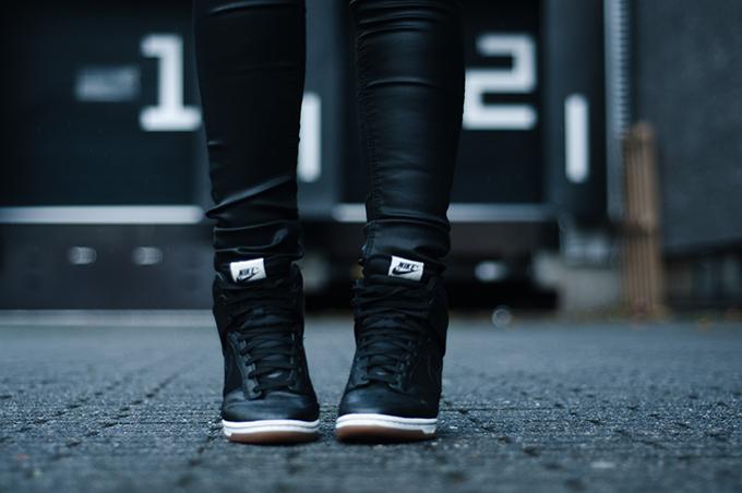 RED REIDING HOOD: Shoes details Nike Dunk Sky hi high wedge sneakers all black everything mesh