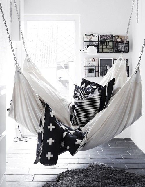 RED REIDING HOOD: Home inspiration scandinavian industrial black and white minimalistic bedroom cosy hammock