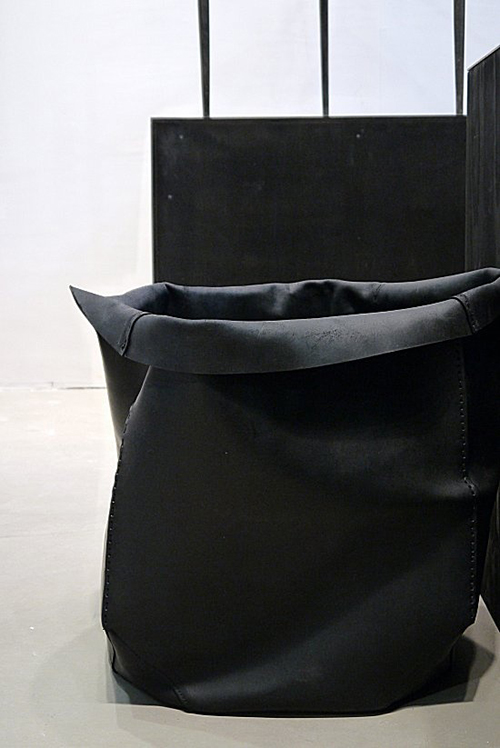 RED REIDING HOOD: Home inspiration scandinavian industrial black and white minimalistic Rick Owens boxes leather