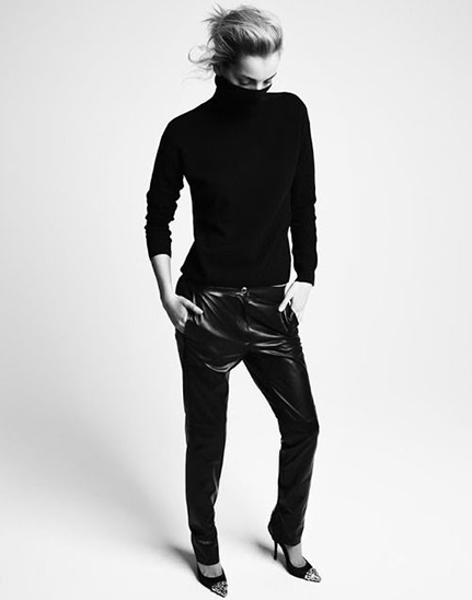 RED REIDING HOOD: All black everything tappered leather jogger pants turtleneck sweater editorial streetstyle inspiration pinterest