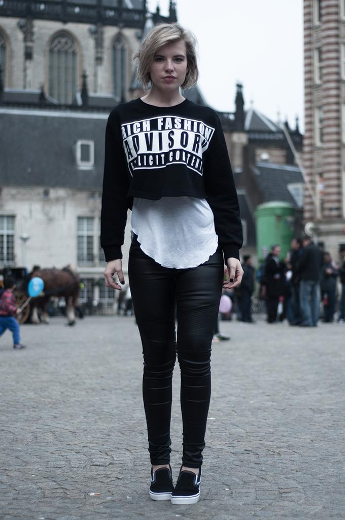 RED REIDING HOOD: Fashion blogger wearing Alexander Wang parental advisory explicit content KO sweater choies streetstyle model off duty