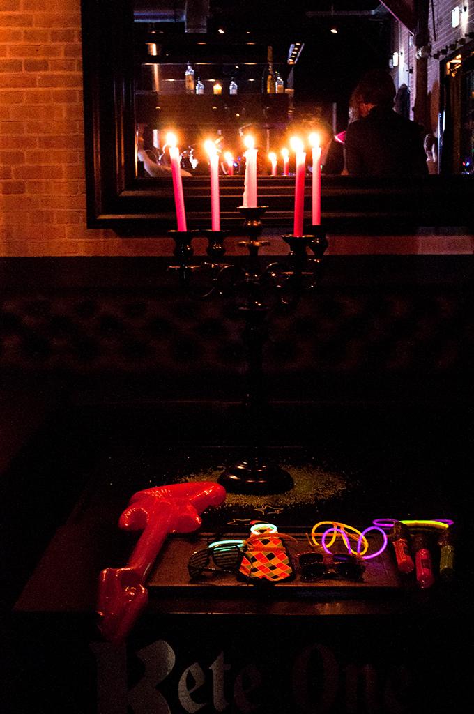 RED REIDING HOOD: Glowsticks lumious accessoires photobooth TechnoMarine party Amsterdam Harbour Club