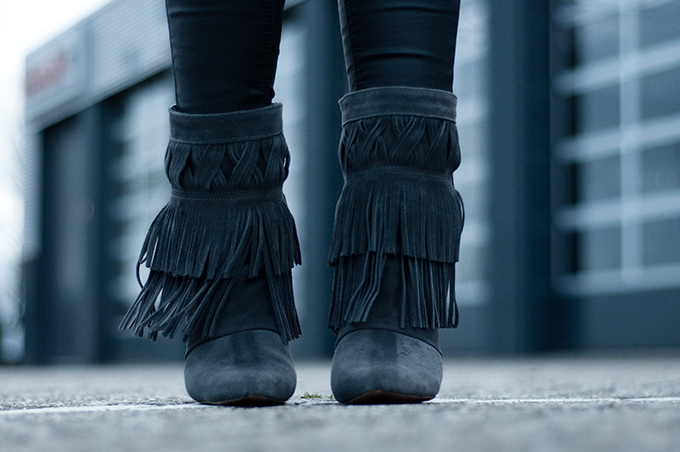 RED REIDING HOOD: The Sting Isabel Marant fringe boots KO knock off look-a-like