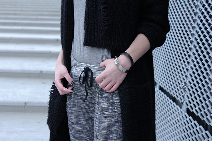 RED REIDING HOOD: Fashion blogger outfit details swaychic my persuasion knit pants knitwear streetstyle model off duty look black grey