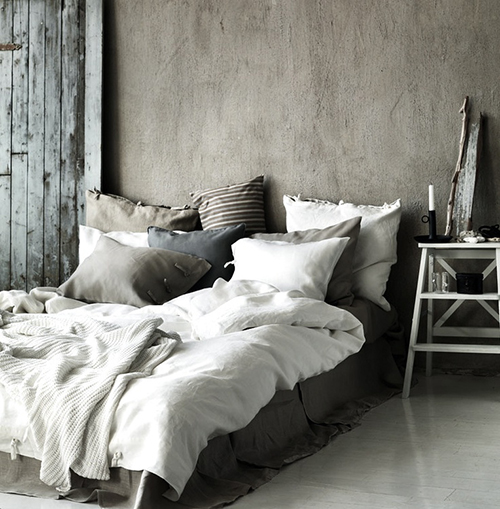 RED REIDING HOOD: Home inspiration scandinavian industrial black and white minimalistic cosy bedroom