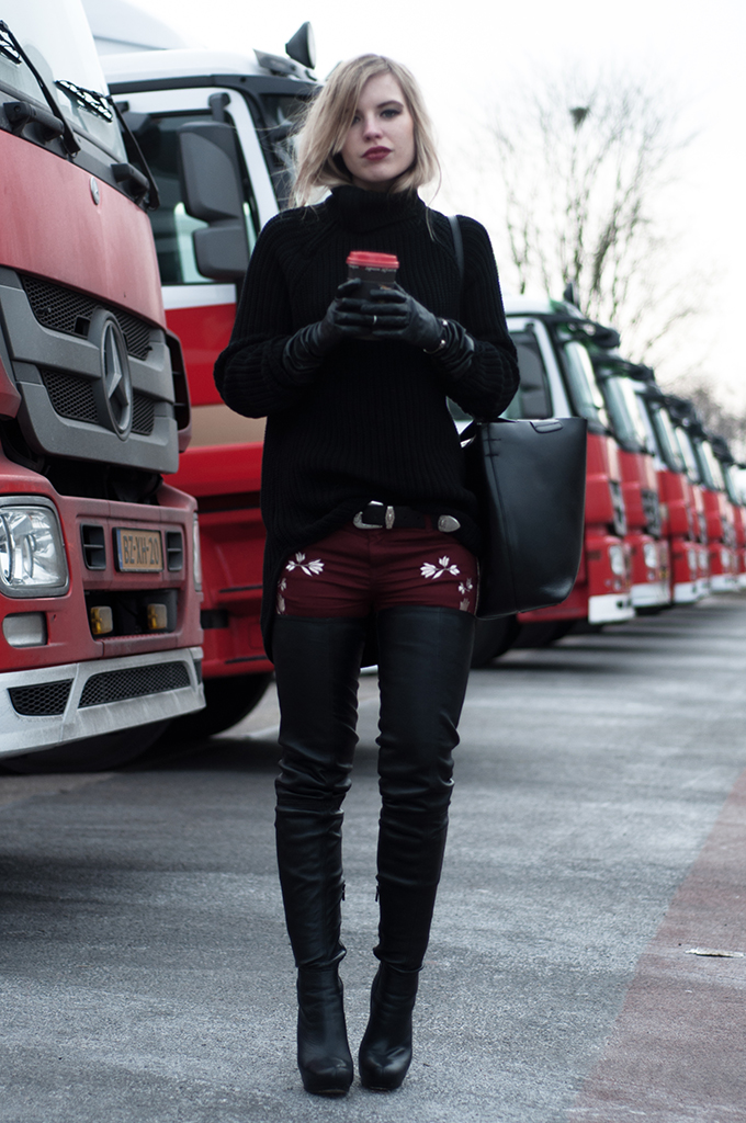 RED REIDING HOOD: Black and red outfit fashion blogger wearing thigh high leather boots over the knee Anna Dello Russo shoes Isabel Marant