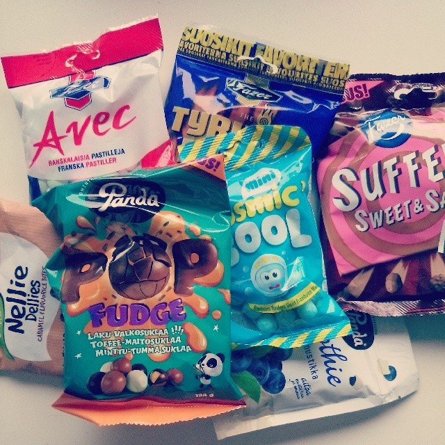 RED REIDING HOOD: Finnish candy test Helsinki Fazer Panda Verquin Suffeli Chocolate YouTube test Instagram