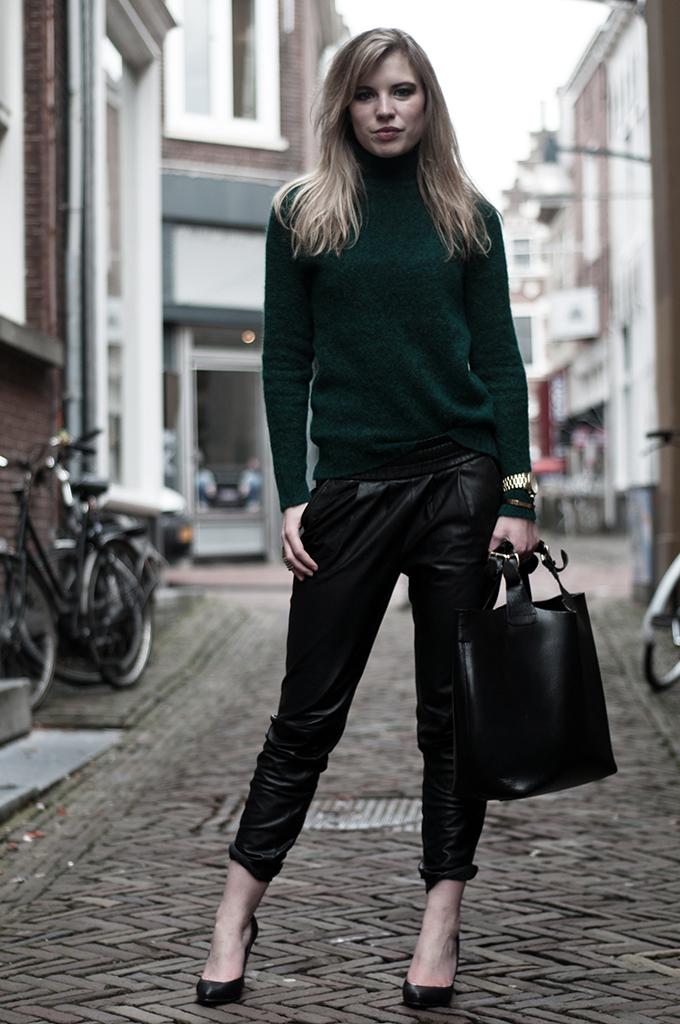 RED REIDING HOOD: Fashion blogger wearing green mohair turtleneck sweater tapered leather pants Mango recap 2013