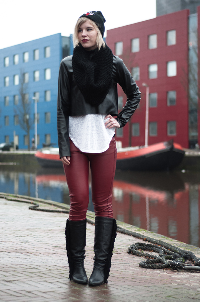 RED REIDING HOOD: Fashion blogger wearing Chicago Bulls beanie black faux leather cropped top fringe boots red leather pants