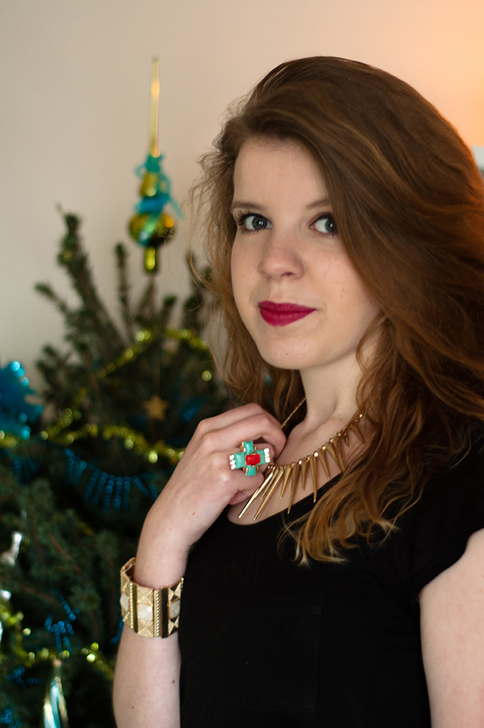 RED REIDING HOOD: Kayleigh Reiding wearing Revival London jewelery V&D winactie win giveaway