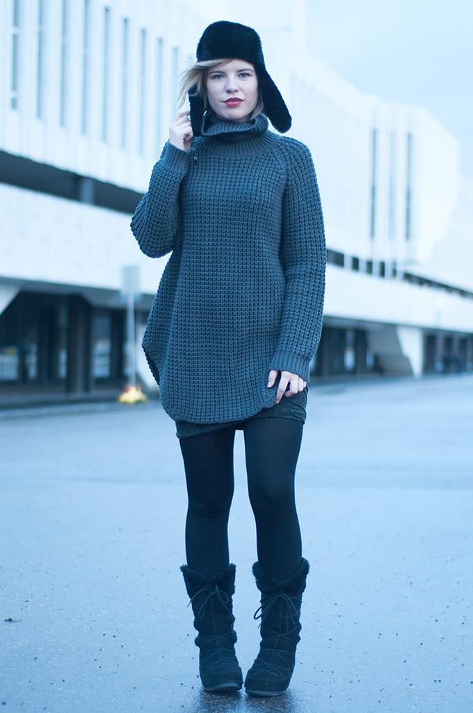 RED REIDING HOOD: Fashion blogger wearing Hope Grand Sweater Helsinki Scandinavia streetstyle