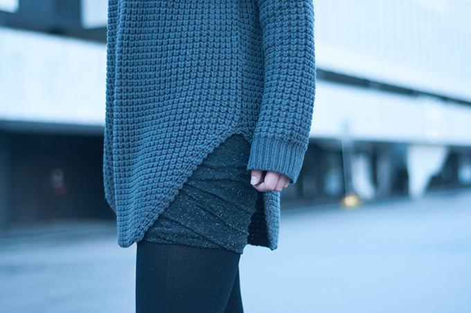 RED REIDING HOOD: Fashion blogger wearing Hope Grand Sweater Nelly dark grey outfit details wrap skirt Alexander Wang modstrom Helsinki