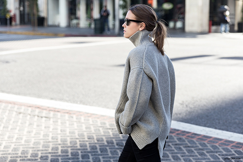 RED REIDING HOOD: Sabrina AfterDRK fashion blogger wearing celine oversized turtleneck sweater grey streetstyle model off duty inspiration