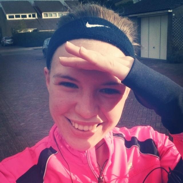 RED REIDING HOOD: Refreshing morning run girl running pink Nike make it count work out instagram instadiary diary week