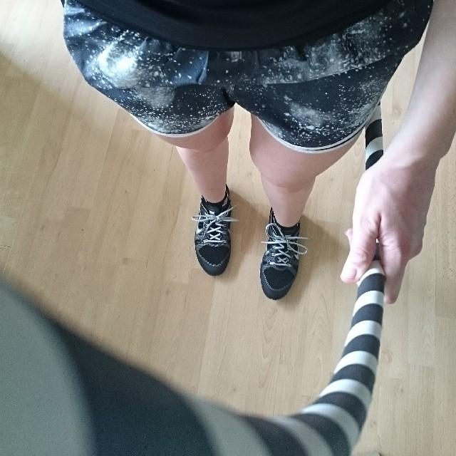 RED REIDING HOOD: Nike galaxy temp shorts running black Nike Free Bionic trainers sneakers hulahoop hoop workout at home