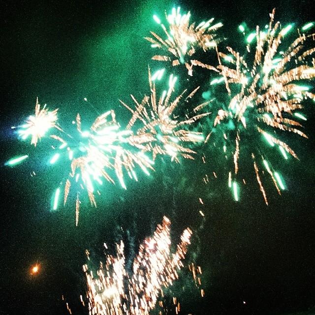 RED REIDING HOOD: 2014 instagram fireworks NYE holland