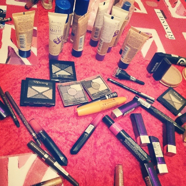 RED REIDING HOOD: Rimmel@Home party make up workshop instagram