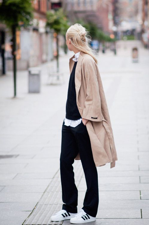 RED REIDING HOOD: Fashion inspiration blogger wearing black slouchy suit pants Adidas Superstar sneakers camel coat