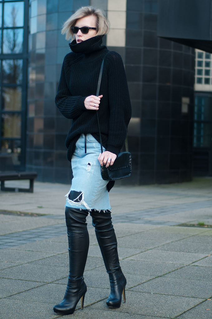 RED REIDING HOOD: Fashion blogger wearing oversized knitted turtleneck sweater distressed ripped denim skirt Zara Anna dello Russo for H&M thigh high boots leather